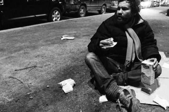 """Ph. Suzanne Ayangma, dal progetto """"Clochard, vita di strada"""""""